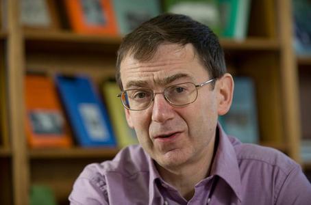 Prof Andrew Pettegree