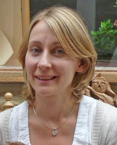 Dr Alice König