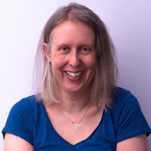 Dr Christine Rauer