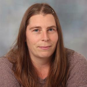 Dr Catherine Adamson