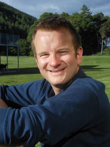Dr David McCollum
