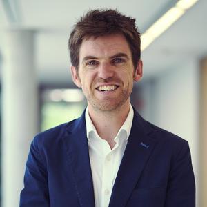 Dr Fergus Neville