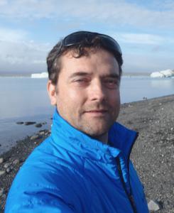 Dr Juan Varela