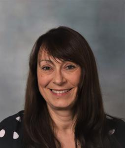 Mrs Lynne Egan