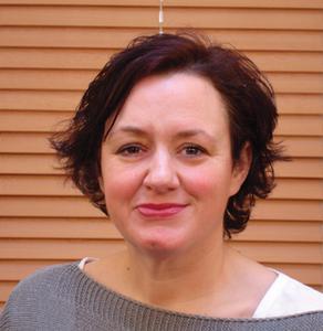 Dr Lisi Gordon