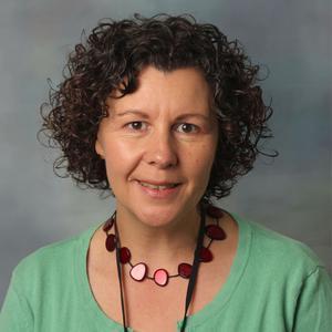 Dr Lysa Owen
