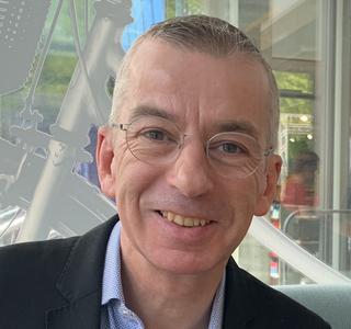 Prof Paul Hibbert
