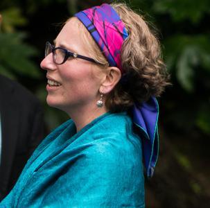 Dr Sarah Frank