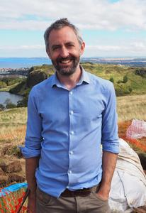 Dr Tim Kinnaird
