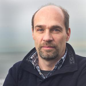 Prof Vincent Janik